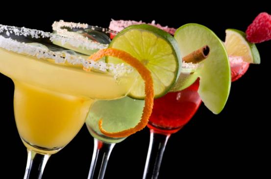Алкогольные коктейли: рецепты алкогольных коктейлей.