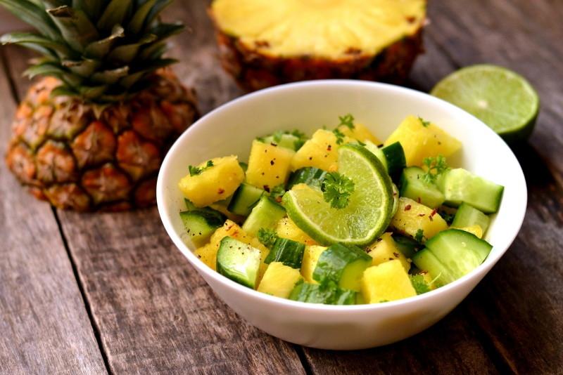салат из ананаса и огурца
