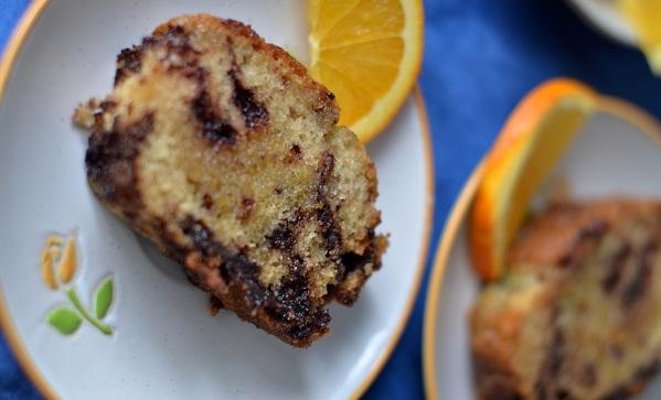 Кекс с шоколадом и апельсиновой помадкой