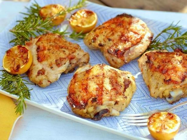 Блюда на гриле: 4 оригинальных рецепта из курицы